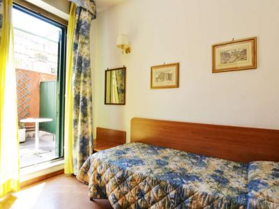 Single Room 3 Star Hotel Tirreno in the Centre of Rome
