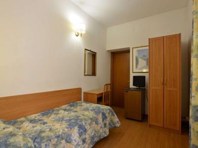 Camera Singola Hotel Tirreno Tre Stelle a Roma Centro